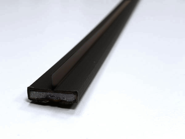 20 x 4mm Fire & Smoke single fin 2100mm Black